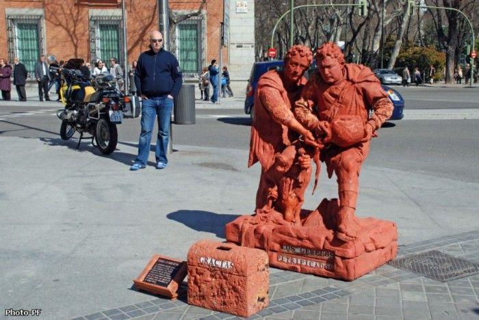 Живые статуи и скульптуры в Мадриде (10 фото)