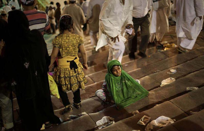 Повседневная жизнь в разных странах мира: май 2011 (38 фото)