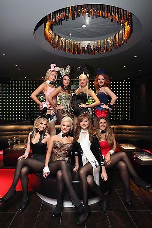 Модный показ на открытии клуба Playboy Club London (23 фото)