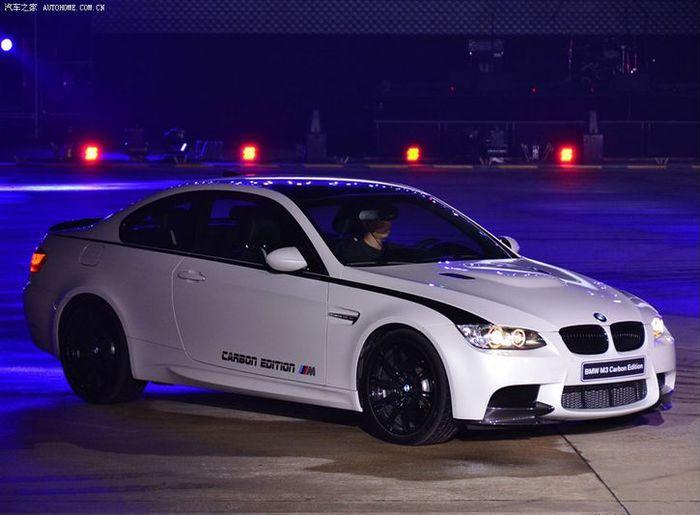 BMW M3 Carbon Edition (24 фото)