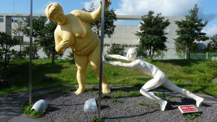 Секс со статуями