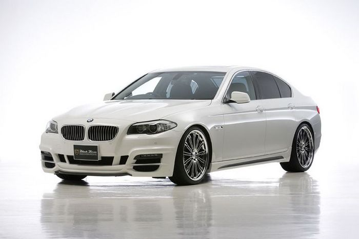BMW 5-Series F10 Black Edition Sports Line от Wald International (14 фото)