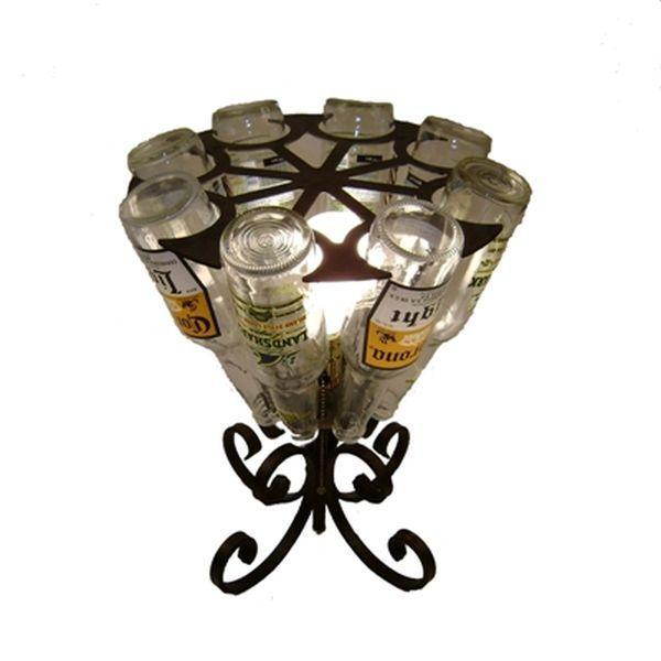 Люстры из пивных бутылок (8 фото)