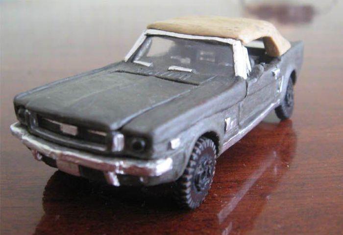 Пластилиновый Ford Mustang Convertible 1965 (20 фото)