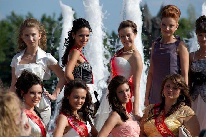 Выпускные балы в Москве (33 фото)