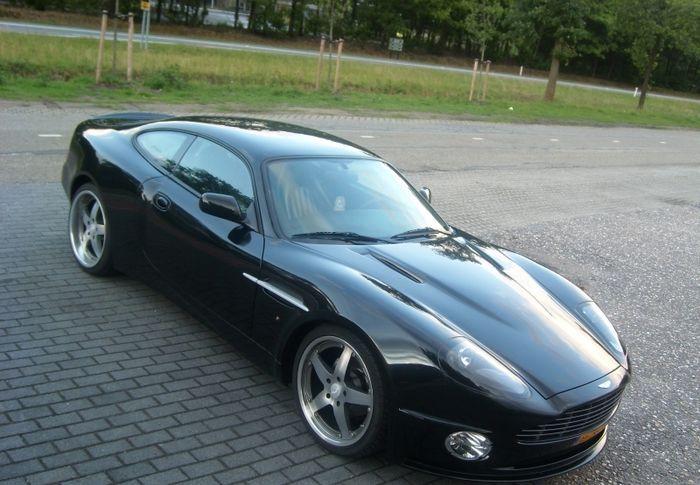 Aston Martin Vanquish из Jaguar XK (5 фото)