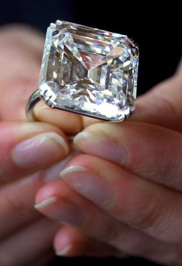 вновь опять самый дорогой бриллиант в мире фото вашему вниманию красивые