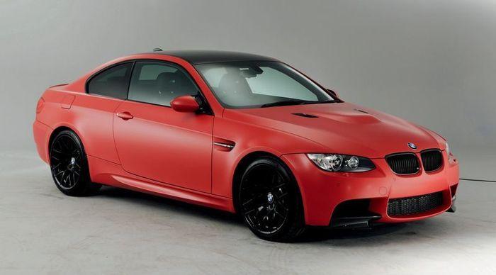 Компания BMW представила лимитированную серию для моделей M5 и M3 (23 фото)