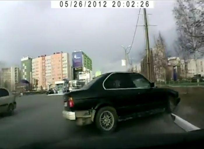 Авария дня часть 594 (4 фото+видео)