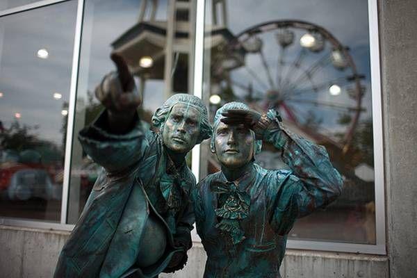 Удивительные живые статуи (37 фото)
