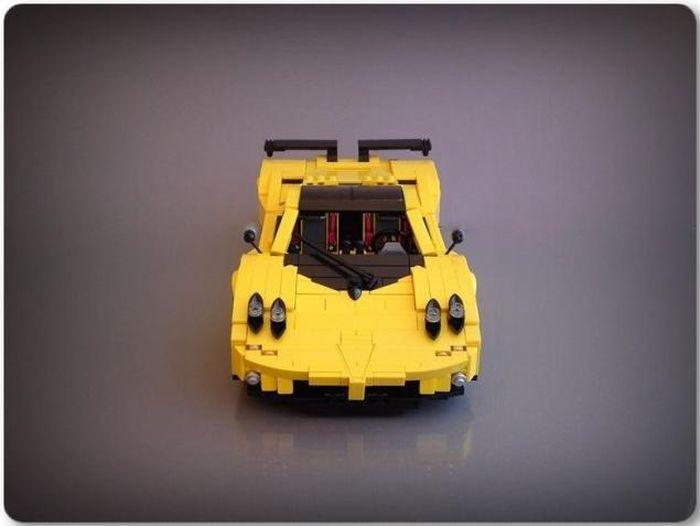 Известные автомобили из деталей LEGO (38 фото)