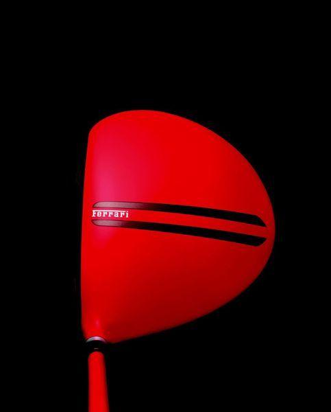 Компания Ferrari выпустила одежду и аксессуары для игры в гольф (11 фото+видео)
