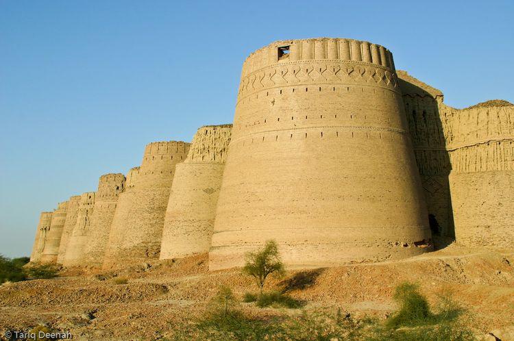 Форт Деравар в Пакистане (15 фото)