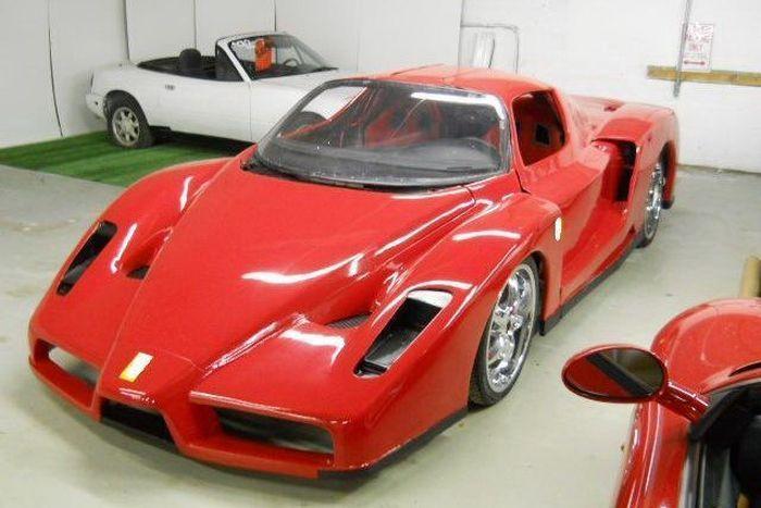 Редкая Ferrari Enzo из повседневной Toyota MR2 (19 фото+2 видео)