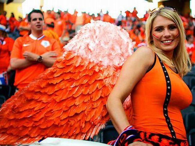 Болельщицы Евро-2012 (65 фото)