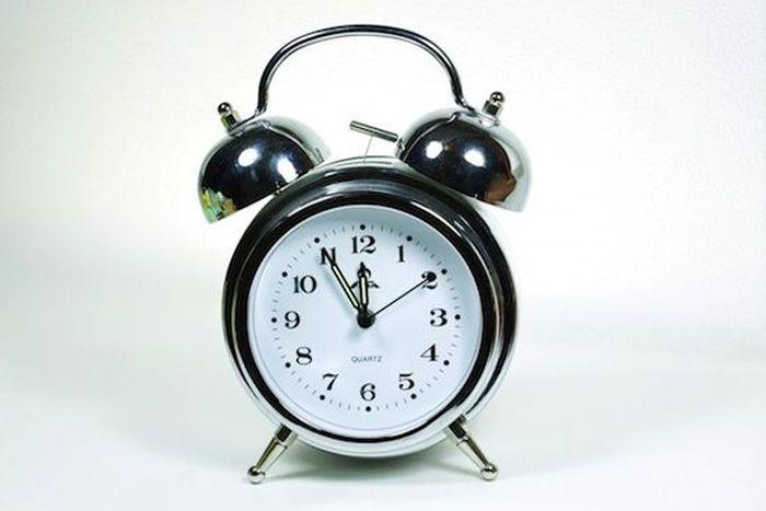 7 фактов о том, что ваш будильник может рассказать о вашей личности (8 фото)