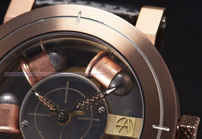 Необычные часы для любителей оружия  (6 фото)