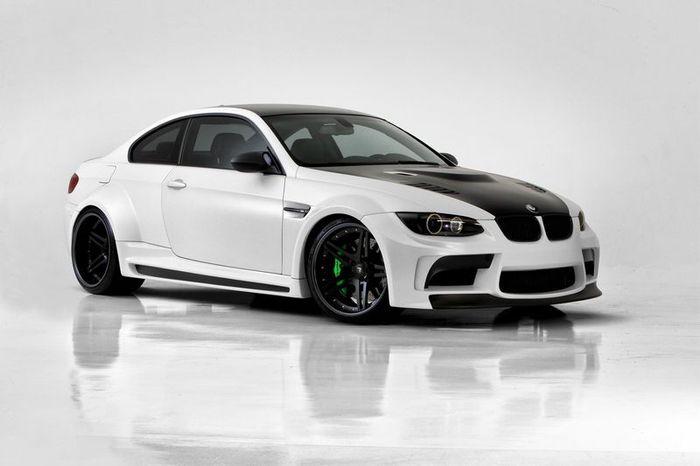 В ателье Vorsteiner подготовили пакет GTRS5 для BMW M3 (E92) (34 фото+видео)
