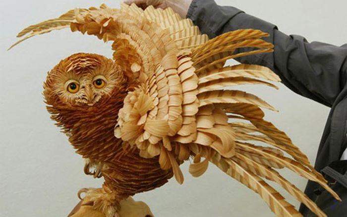 Произведения искусства из щепок кедра (14 фото)