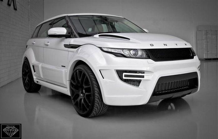 Range Rover Evoque получил пакет тюнинга от ателье Onyx (13 фото)
