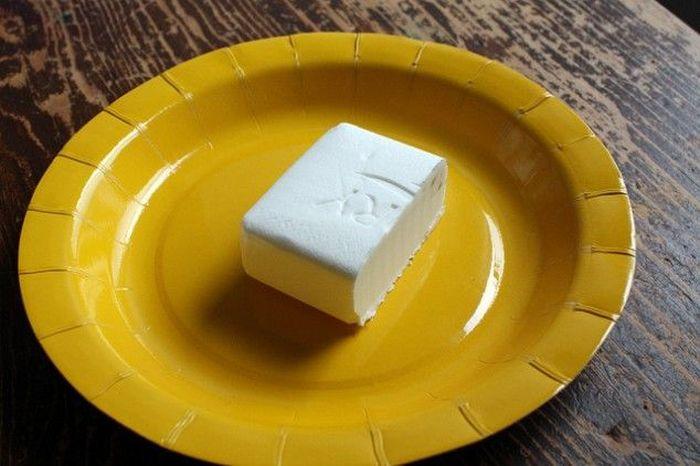 Что будет, если разогреть мыло в микроволновке? (2 фото + 1 видео)