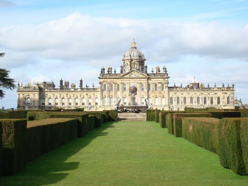 Замки Англии: Касл-Ховард (Castle HOWARD) (17 фото)