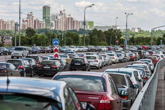 Как паркуются в Москве (18 фото)