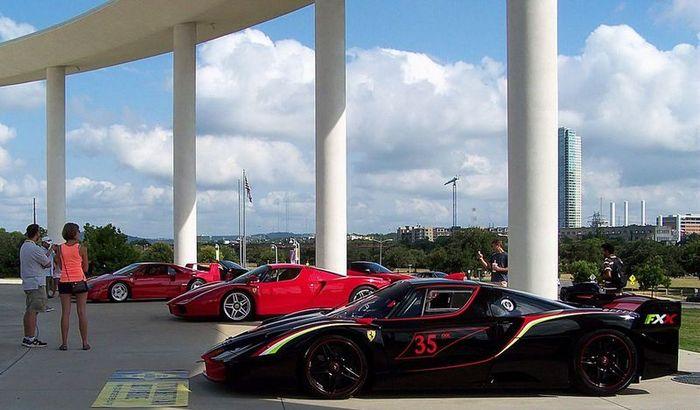 В Техасе прошел Ferrari Festival Car Show (38 фото)