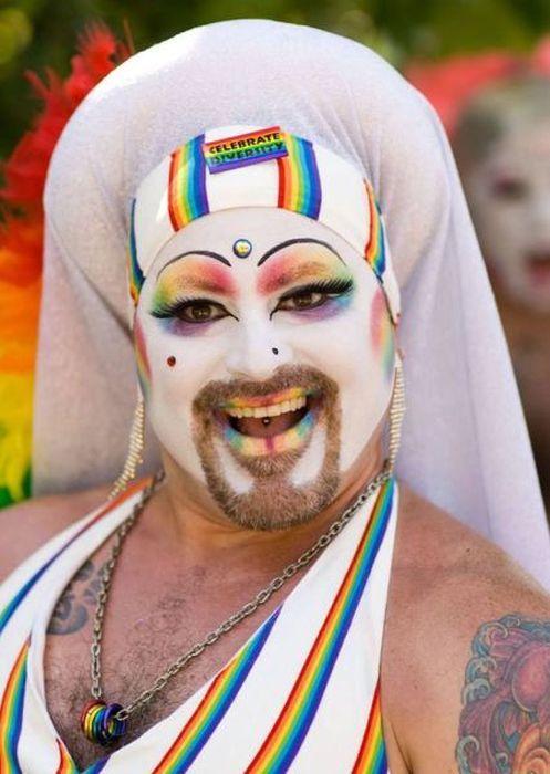 Фотоприкол недели гей, костюм, маскарад
