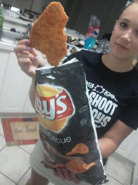 Фотография картофель, лэйс, чипсы