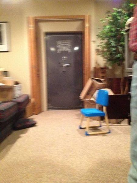оружие, комната, дверь, дом, коллектор