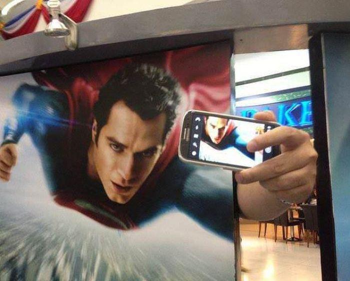 Фото сам себя, супермен, фоткает