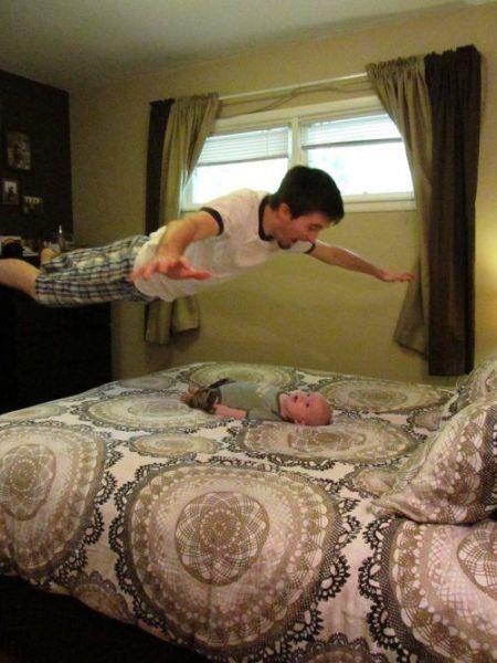 Красивые фото кровать, полет, прыжок, ребенок