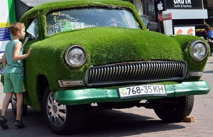 Фото волга, ковер, крутая тачка, трава