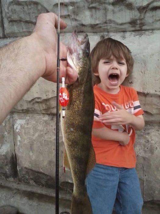 Красивые фото испугался, ребенок, рыба, рыбалка