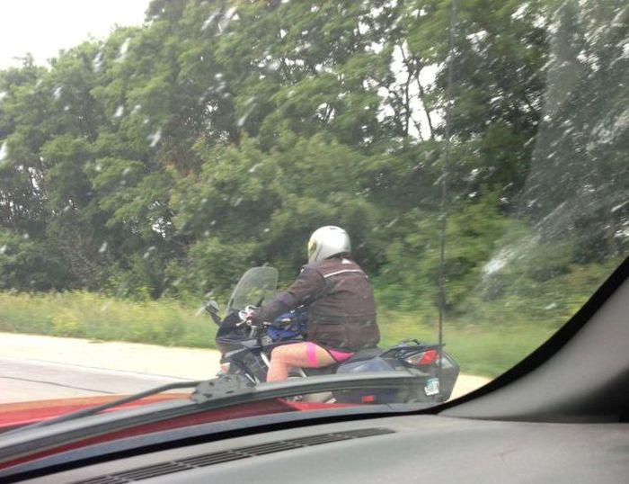 Улетное фото байкер, белье, мотоциклист
