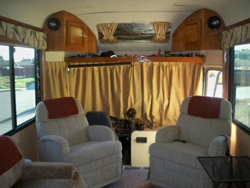 Автобусы дома на колесах фото