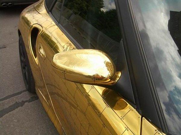 Золотой Порше (9 фото)