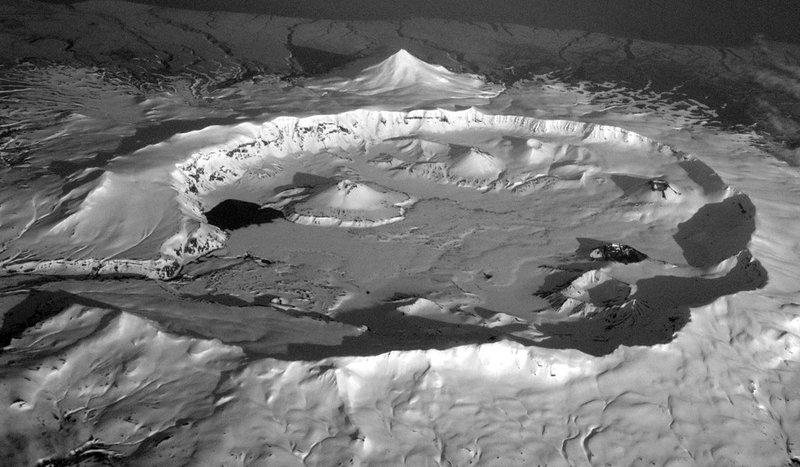 Аляска - вулкан Кальдера Окмок