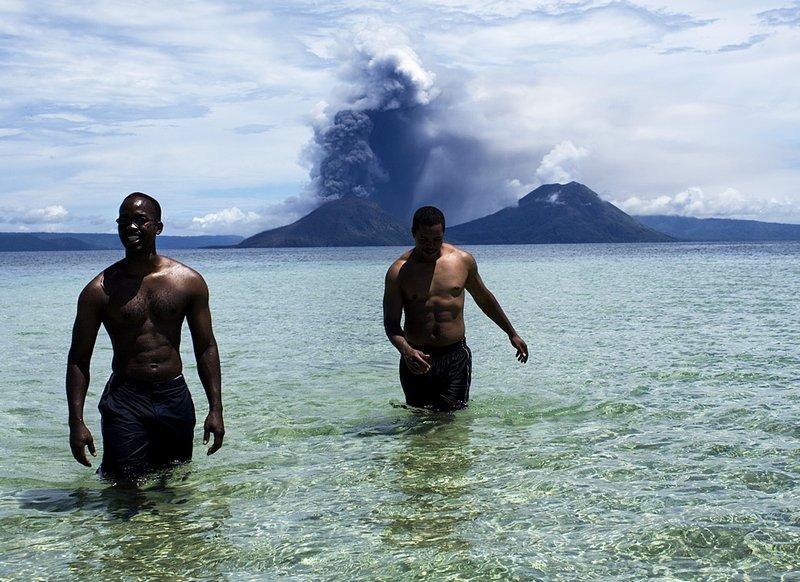 Папуа-Новая Гвинея - вулкан Рабаула.