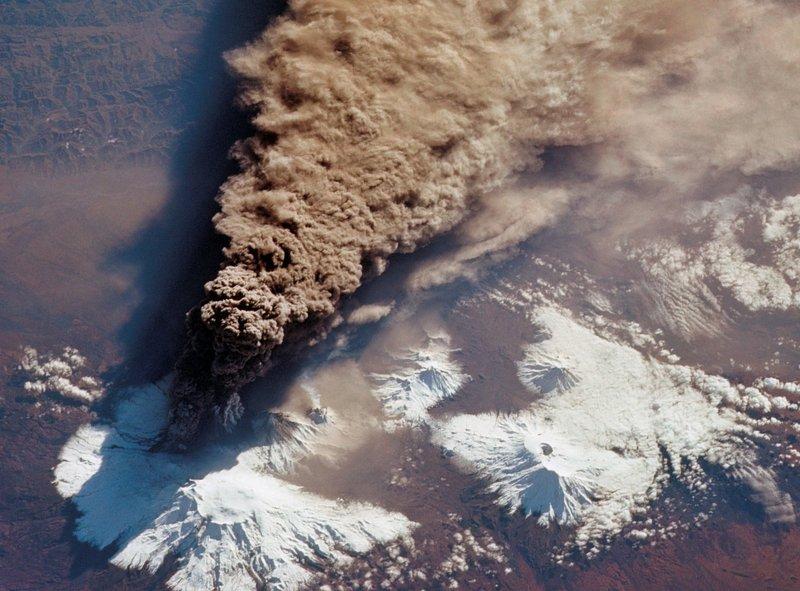 Россия, вулкан Ключевский, 1994г.