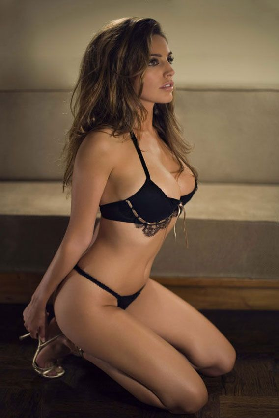 7. Келли Брук (Kelly Brook)