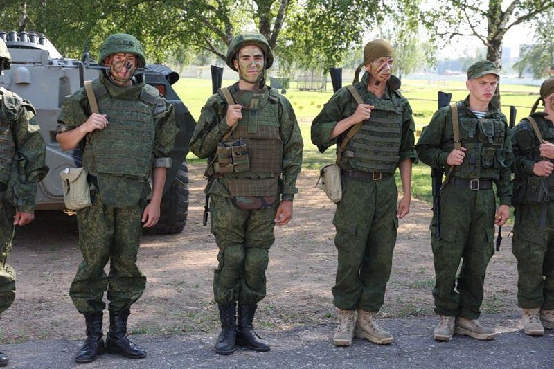 modern russian military uniforms - 800×533
