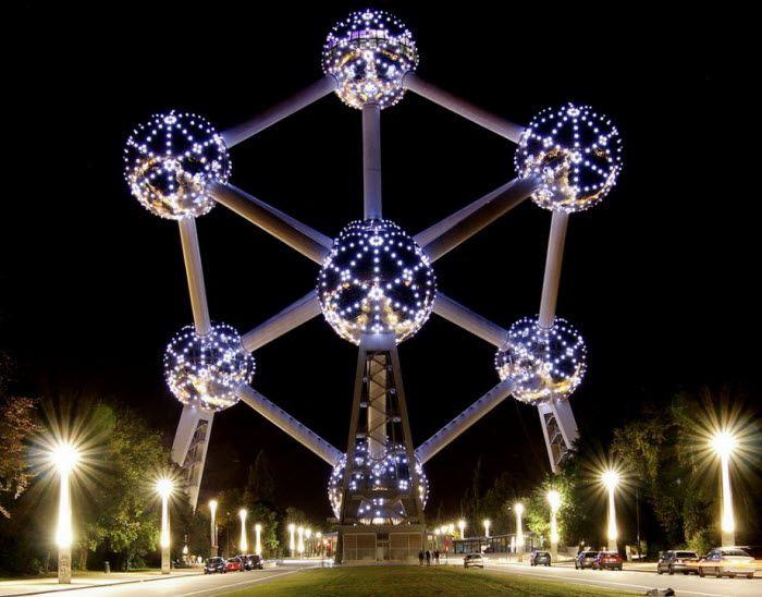 Atomium в Брюсселе, Бельгия