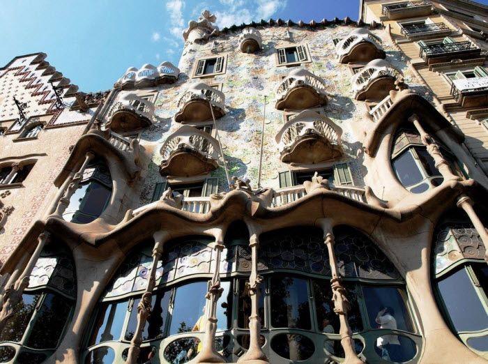 Сasa Battlo Антонио Гауди в Барселоне