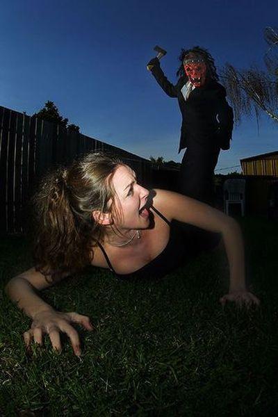 Маньяки, преследующие звезд: как их ловят и наказывают (12 фото)