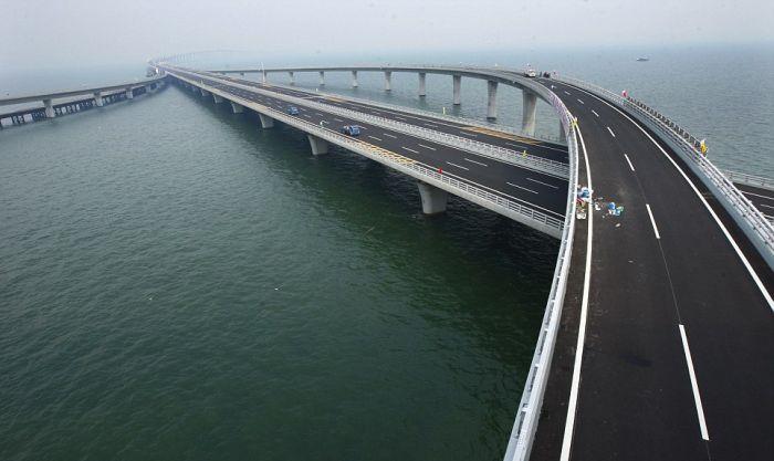 Китай наводит гигантские мосты (14 фото + видео)