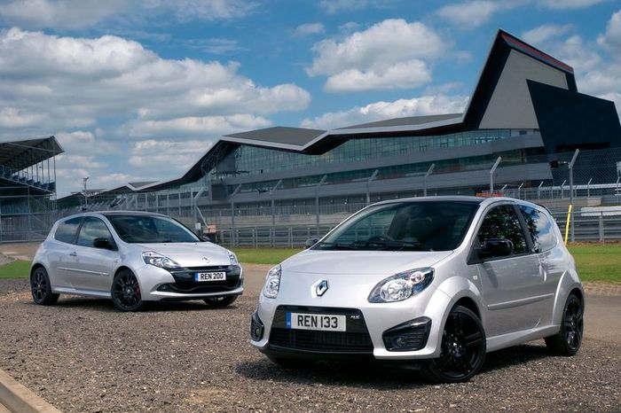 Renault Twingo RS 133 и Clio RS 200 Silverstone GP Limited Editions (5 фото)