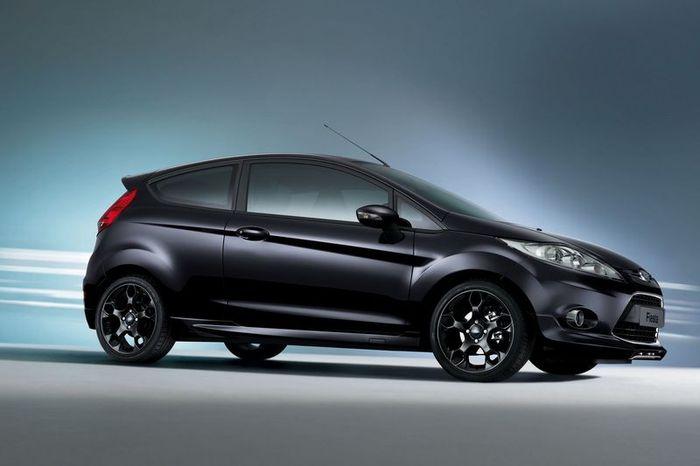 Fiesta Sport - специальная версия для Европы от компании Ford (5 фото)
