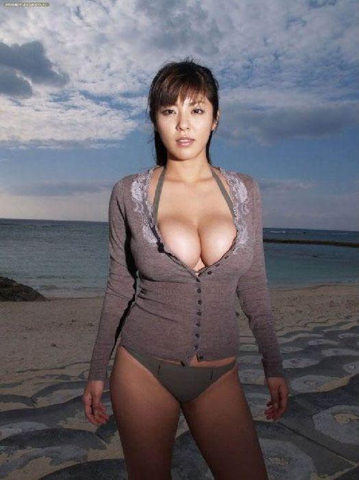 Шикарные фигуристые голые женщины — img 12